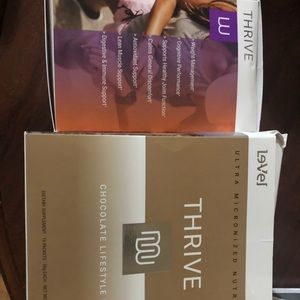 Thrive women's capsules and shake mix